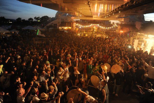 多様性と生命力に満ち満ちた祭「橋の下世界音楽祭 SOUL BEAT ZERO 2017」いよいよ今週末開催。TURTLE ISLANDをはじめ、鎮座、原爆、切腹など出演者多数。日割りも発表。