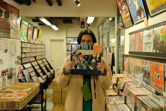 【SPECIAL REPORT】<br/>台湾インディーを代表するバンド・透明雑誌の洪申豪(現・VOOID)と巡った、<br/>名古屋のバンドマン御用達レコード店4選!