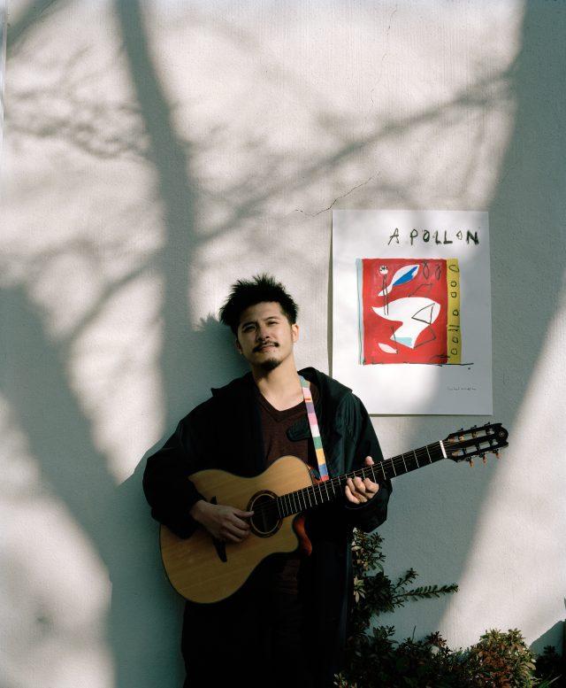 『0円ハウス』などで知られる作家/建築家、そしてミュージシャンとしての顔も持つ坂口恭平がついに1stアルバムをリリース。レコ発名古屋公演にてシラオカと共演。