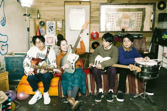 話題の台湾インディポップバンド・雀斑 Frecklesが名古屋公演を開催。台風クラブ、HoSoVoSoら共演。フード出店にYANGGAO、drawingも登場。