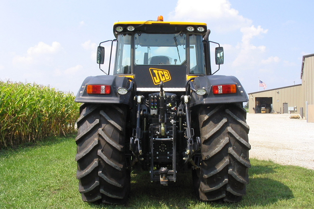JCB-Fastrac_8250_mp670_pic_