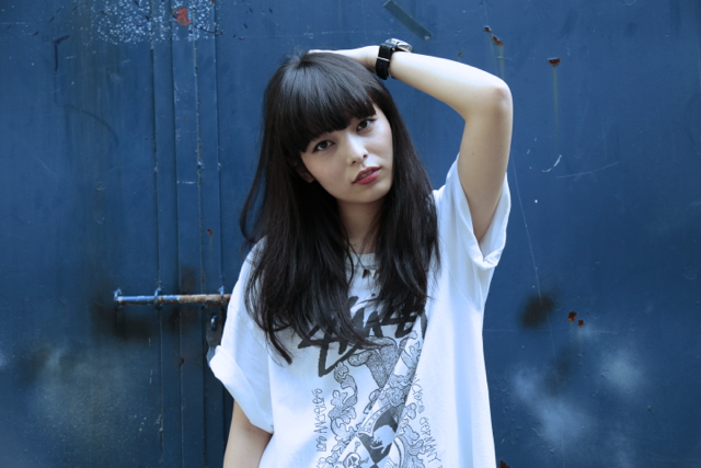 平成生まれの女性DJ/ビートメイカー・Licaxxxが、cafe dominaにて開催される「DISCUS」に登場!