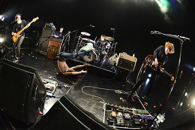 岐阜出身のメジャーロックバンド・cinema staff、新作アルバム発売記念ツアー名古屋公演はクアトロワンマン。
