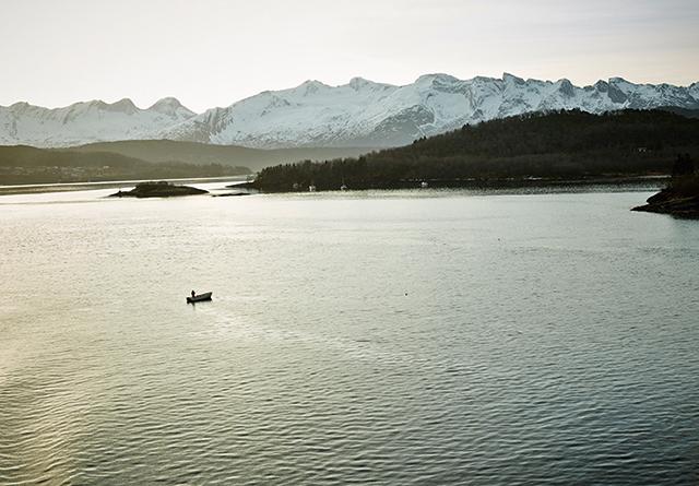 STUDIOWORKの写真家7名が旅をしながら北欧の光を記録した写真展「 NORTHERN LIGHTS」がre:Liで開催。