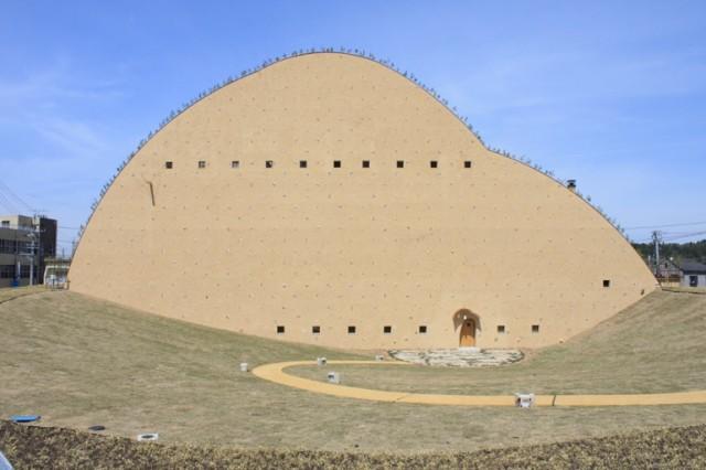 陶芸の街・多治見に「多治見市モザイクタイルミュージアム」が誕生!オープニングを記念した展示も開催中。