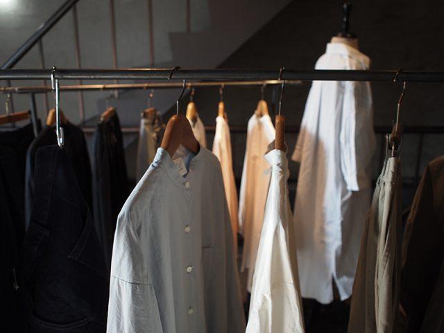 永く大切に着られる服を。岐阜市美園町にセレクトショップ・entracte(オントラクト)がニューオープン。