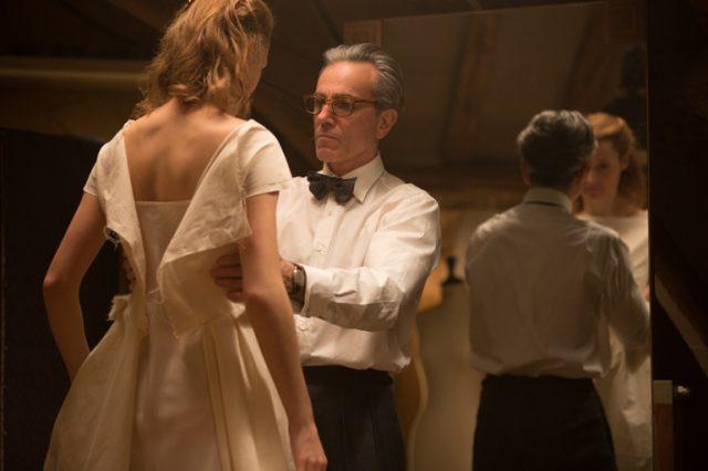 『ファントム・スレッド』: 名匠ポール・トーマス・アンダーソンの最新作は、華やかなオートクチュールの世界で男女の歪な愛を描く至高のドラマ。