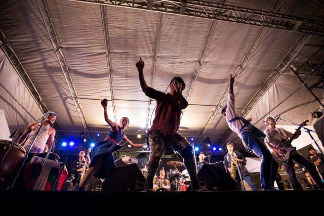 今年も開催決定の入場無料フェス「TOYOTA ROCK FESTIVAL」。第1弾出演者発表は、TURTLE ISLAND、思い出野郎Aチーム、C.O.S.A.、Campanella、Ramza、クライムら19組。