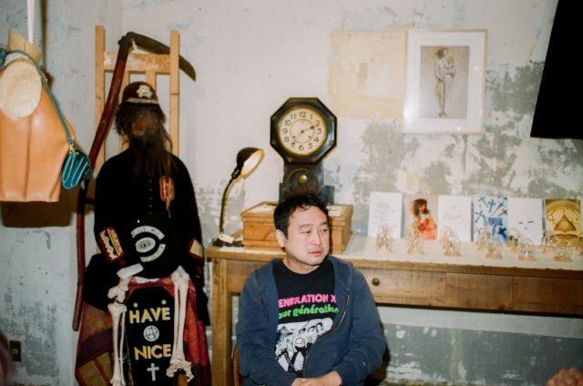 【SPECIAL INTERVIEW:中原昌也 a.k.a Hair Stylistics 】<br/>「音を出すことで、自分の存在を消したい」<br/>映画批評、文学、音楽、人生相談……<br/>マルチな活動の内側に貫かれた、中原昌也という名の表現方法。