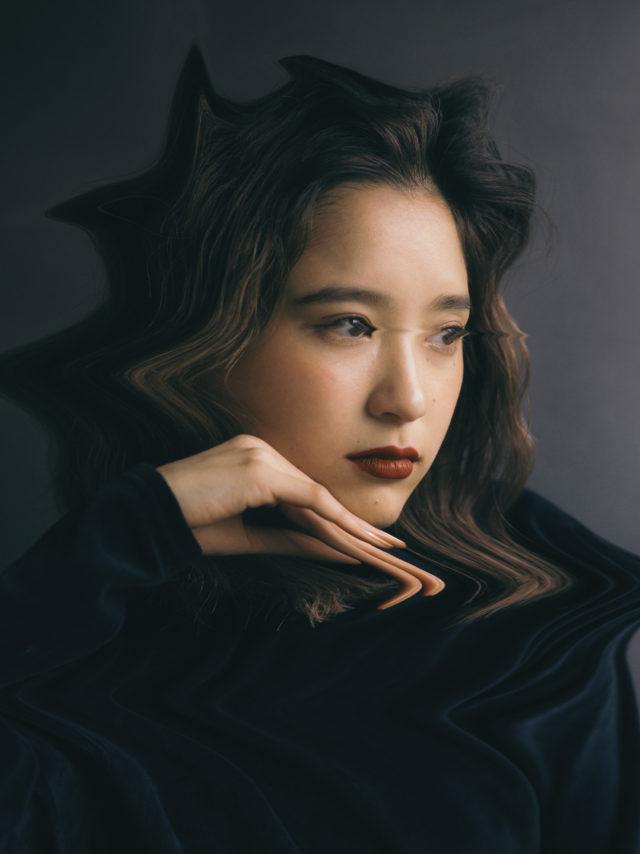 モデルとしても活躍するメイリンによる音楽プロジェクト・ZOMBIE-CHANGが東名阪ツアーを敢行。名古屋公演は、SSW・カネコアヤノ(バンドセット)が共演。