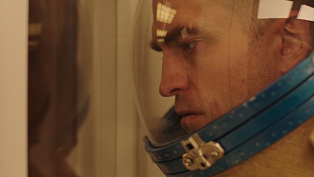 『ハイ・ライフ』: 「パリ、18区、夜。」「ガーゴイル」のクレール・ドゥニ監督最新作は、衝撃のSFスリラー!