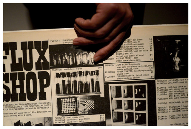 TODAY editionのデザイナー・川村貴彦が、「フルクサス」をテーマとした企画展を栄・UNEVENにて開催。