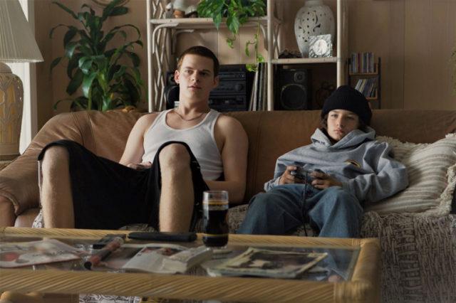 『mid90s ミッドナインティーズ』: ジョナ・ヒル×A24が贈る、90年代への愛と夢が詰まった青春映画のマスターピース!