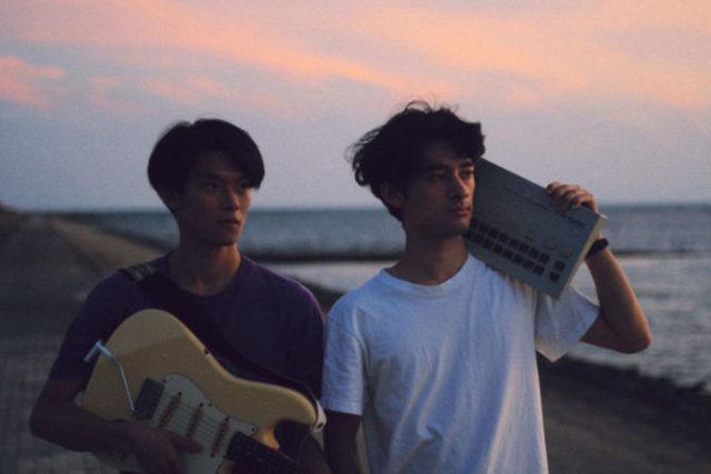 カクバリズムより7inchシングル「Shinmaiko」をリリースし話題を集めるユニット・OGAWA&TOKOROが名古屋発の配信イベント「Another Radio」に出演。名駅・Vinofonicaを会場に配信。