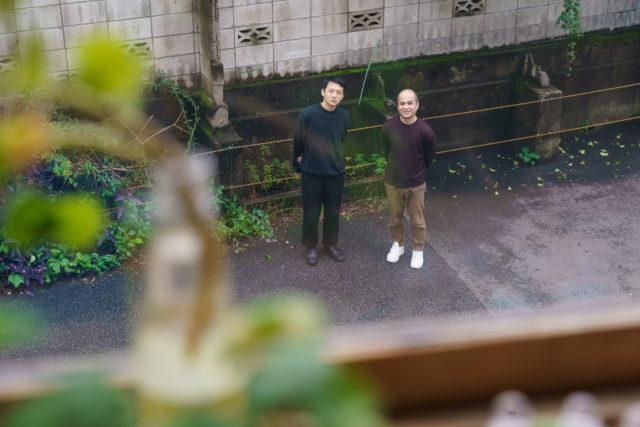 [SPECIAL INTERVIEW]<br/>名古屋の港まちをアートと音楽で彩る祭典「アッセンブリッジ・ナゴヤ2020」。<br/>注目作『音と変身』制作者の現代美術家・ミヤギフトシと、<br/>前代未聞!? 港まちでの海上ライブを行う音楽家・井手健介の二人をインタビュー。