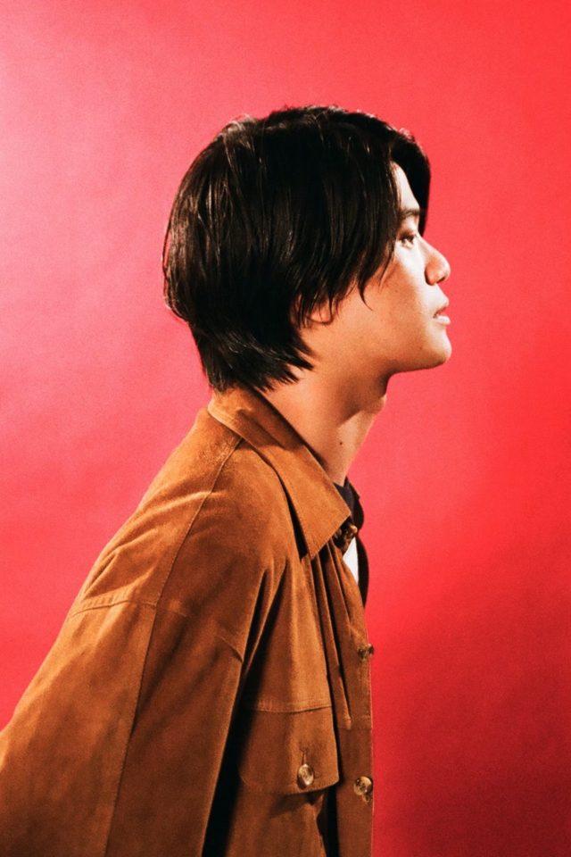 Yogee New Wavesボーカル・角舘健悟が、自身初となる弾き語りソロツアーを敢行。名古屋は今池TOKUZOへ。